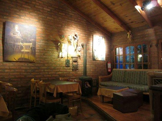 Hosteria Kau Kaleshen : El salón-comedor