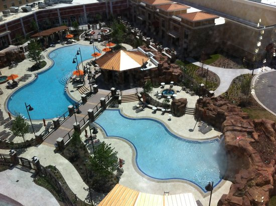 WinStar World Casino Hotel : View of Pool