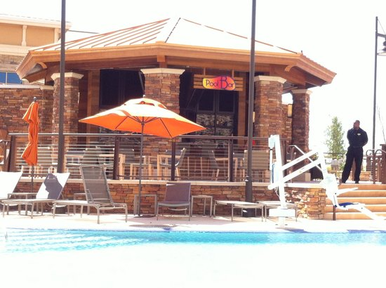 WinStar World Casino Hotel: Pool Side Bar
