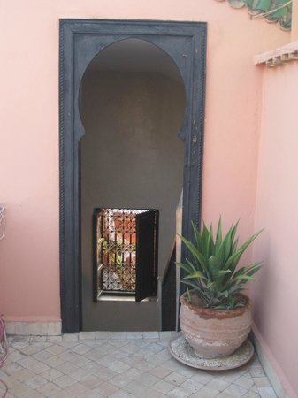 Riad Magellan Yoga: Door down from the sun terrace