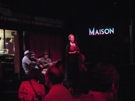 The Maison : Our dinner & music group