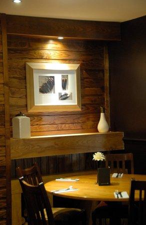 The Halfway House: Restaurant