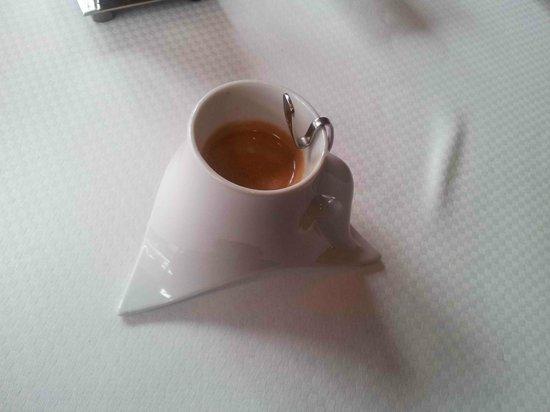 La Table de Franck Putelat : Café et jolie tasse (et cuillère !)