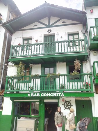le Bar Conchita