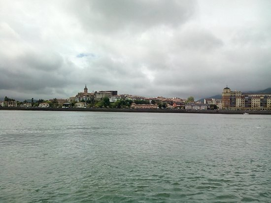 Bar Conchita: arrivée vers  Hondarribia