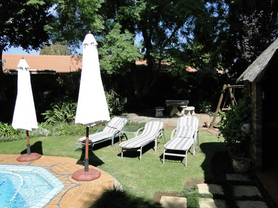Natanja Guest House & Self-catering: Garden