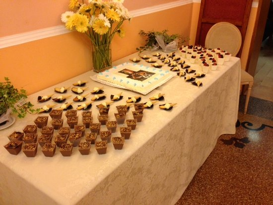 Metropole Hotel : Buffet Compleanno
