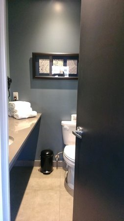 The Paper Factory Hotel : Bathroom/Vanity