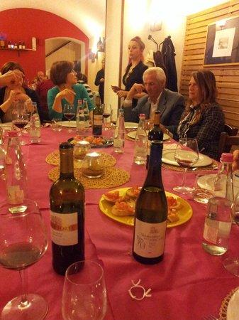 Borgo Scacciaventi: servizio tavolo