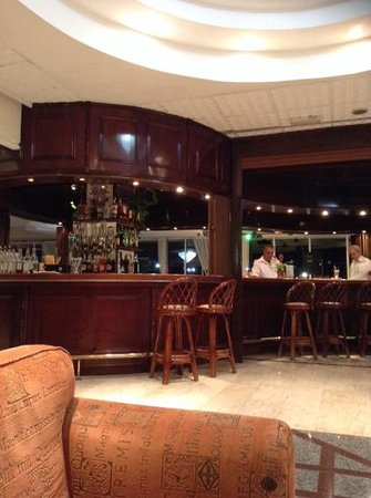 Avlida Hotel: бар