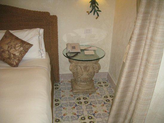 Terme Manzi Hotel & Spa: comodino