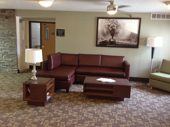 Super 8 St. James: Renovated Lobby Area
