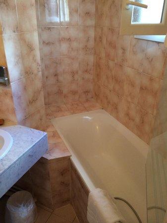 Hotel George Sand : Salle de bain