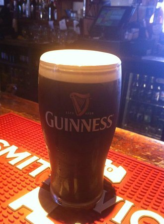 Spillane's Bar : Lovely pint ;)
