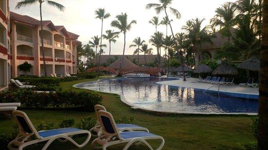 Majestic Colonial Punta Cana: Pool area