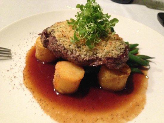 River Restaurant and Vineyard: Scotch-fillet