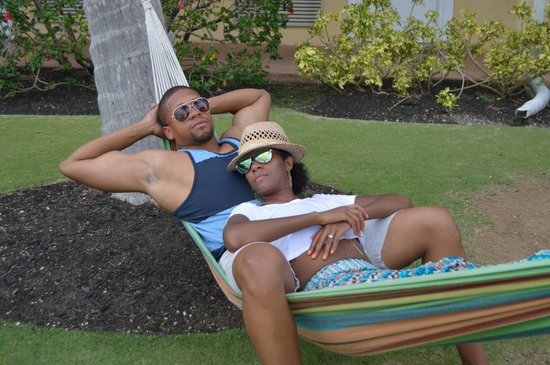 Sunshine Suites Resort : I made time to relax in the hammocks everyday!