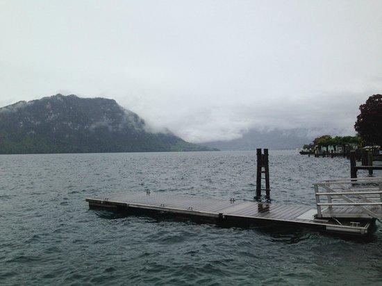 Seehof du Lac Hotel: Der See auch bei regnerischen Wetter sehr idyllisch