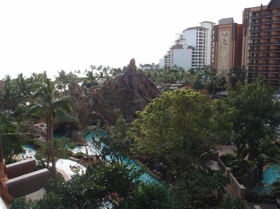 Aulani, a Disney Resort & Spa: View of Water Slide and Lazy River