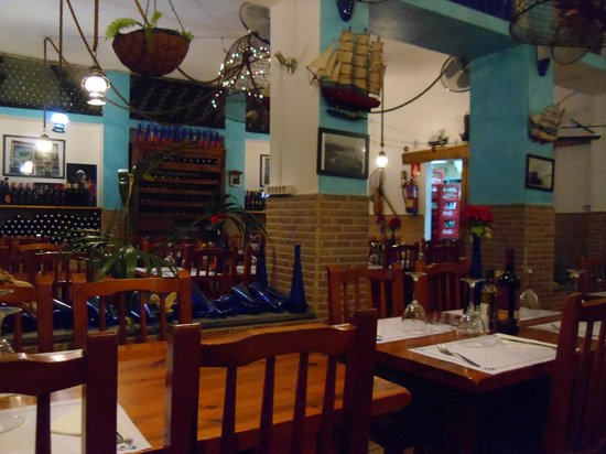 Restaurante La Chalana: La Chalana restaurant interior