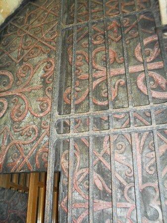 Durham Cathedral: Particolare di un portone della cattedrale