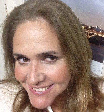 Pizza Sing Karaoke: La animadora , Verónica Araújo Jaume