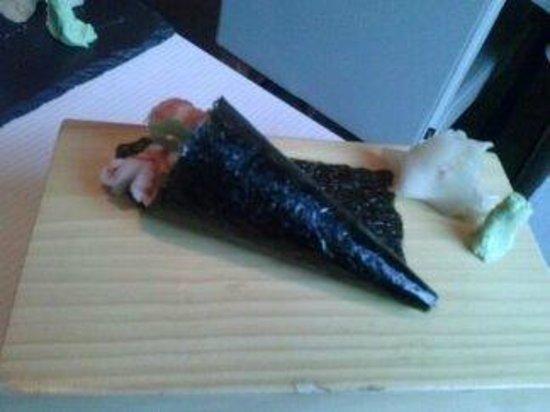 Basara Milano - Sushi Pasticceria : temaki california