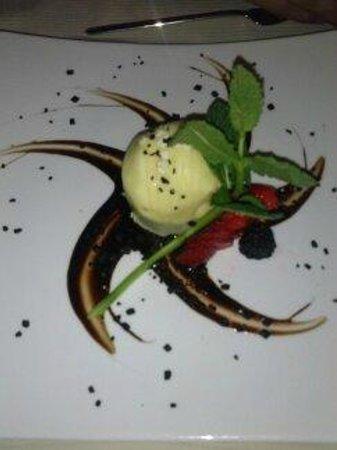 Basara Milano - Sushi Pasticceria : dolce con cuore caldo