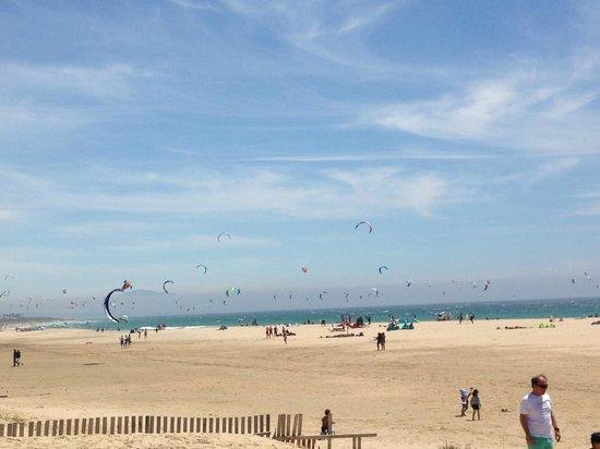 Tantrum Kitesurf: The beach where we kitesurfed.