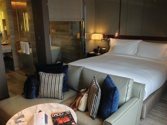 Hilton Sukhumvit Bangkok: Comfortable room