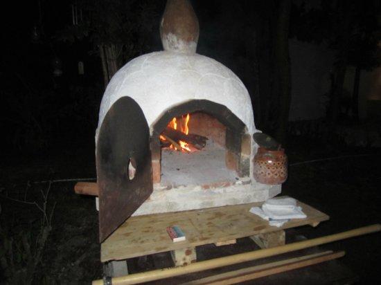 Villas El Encanto: Their old world brick oven....