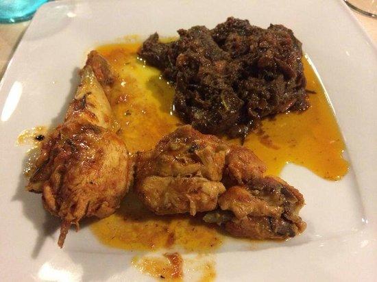 Trattoria Tipica La pergola: Wild boar (cinghiale) & chicken (pollo)