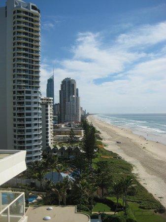Beachfront Viscount: Looking North