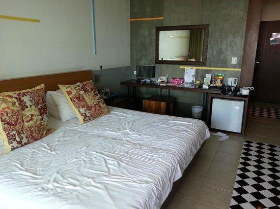 Baboona BeachFront Living : bedroom