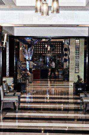 SUNRISE Grand Select Crystal Bay Resort : lobby