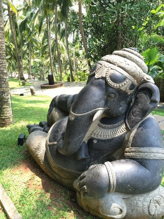Niraamaya Retreats Surya Samudra: Beautiful Ganesh