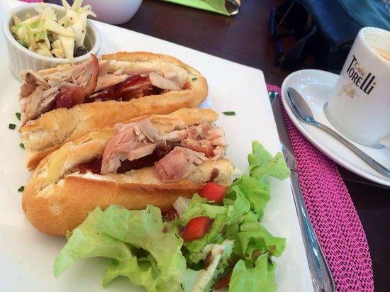 Coffee Barbados Cafe: Delicious Club Melt