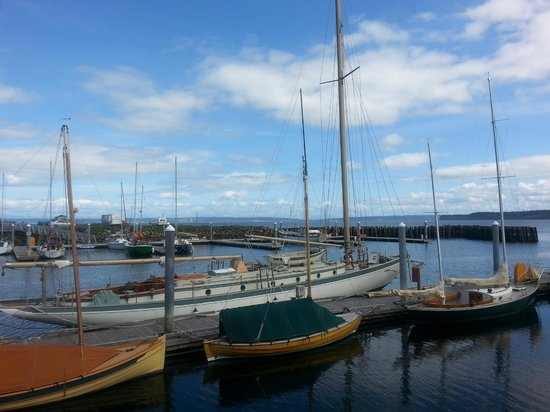 Huber's Inn Port Townsend: Port Townsend is a fantastic boating town.