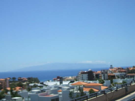 Fanabe Costa Sur Hotel: View from Rooftop