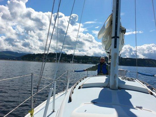 Huber's Inn Port Townsend: Sailing around Protection Island