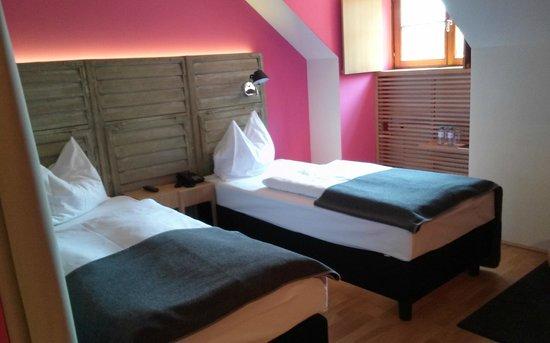 Hotel Schloss Leopoldskron: Twin Room Lake View