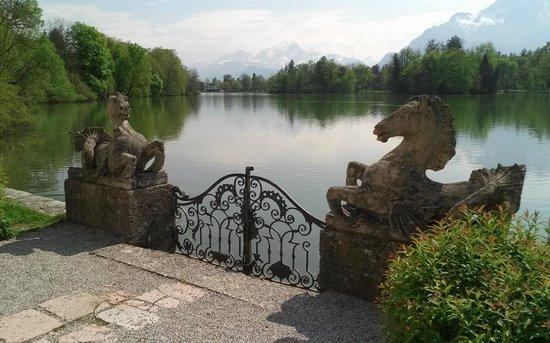 Hotel Schloss Leopoldskron: The lake