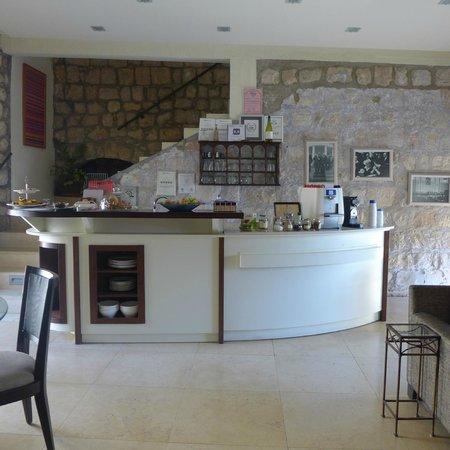 Artists' Colony Inn: Breakfast room
