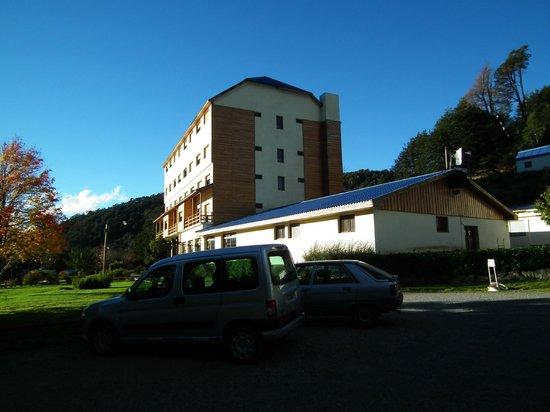 Hotel Alun Nehuen: Al ingresar al predio