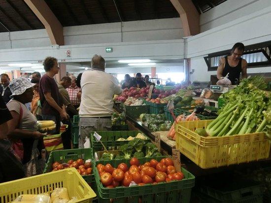 Noumea Morning Market: 野菜や果物