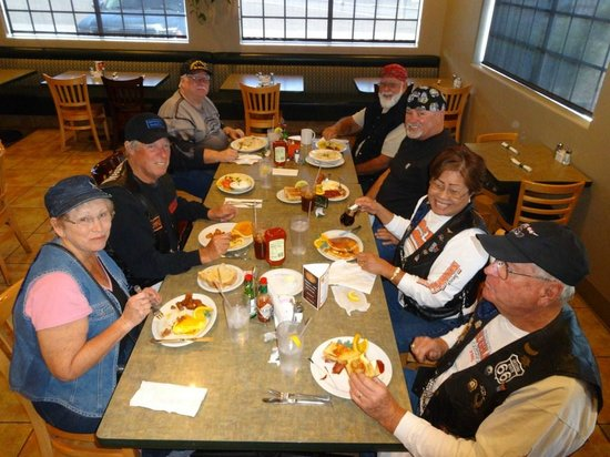 Juicy's Famous River Cafe: Our Brunch Bunch enjoying breakfast