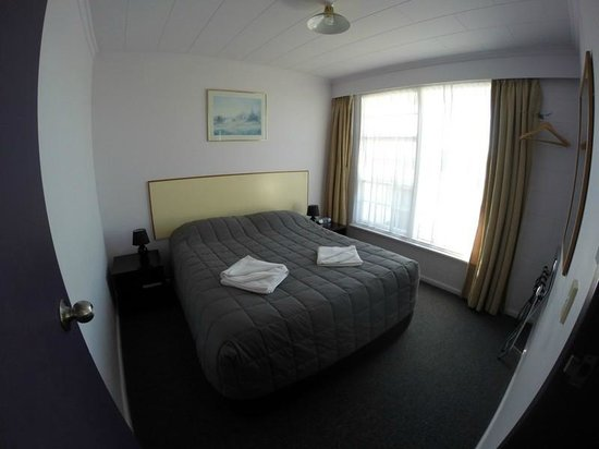 Heritage Court Motor Lodge : Double room