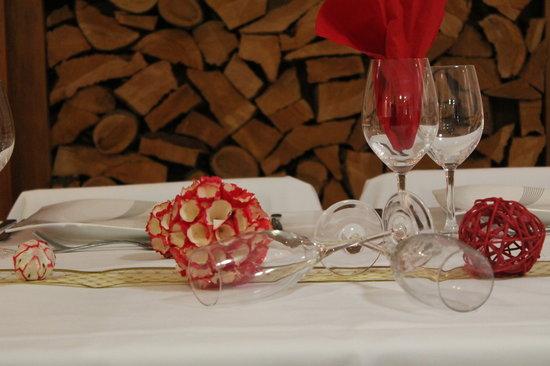 Stony River Hotel: good dining