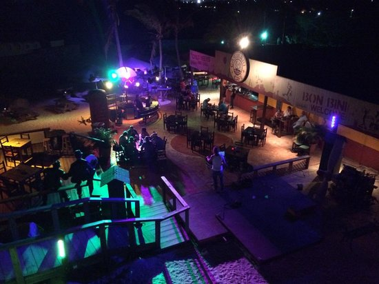 Casibari Cafe: Nice view by night