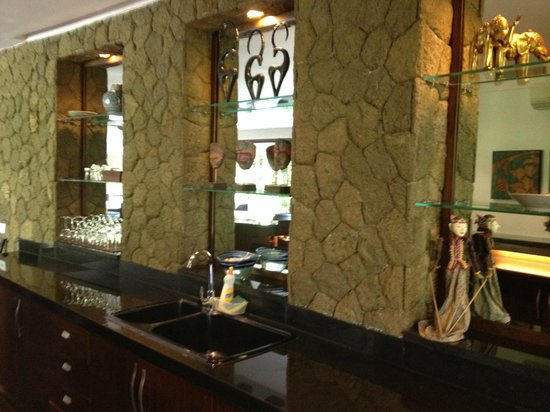 Gending Kedis Villas & Spa Estate : Kitchen